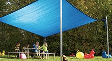 Sonnenschutz bei Außenspielgeräten
