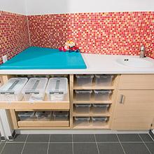 Individuelle Wickelanlagen für Krippe & Kindergarten