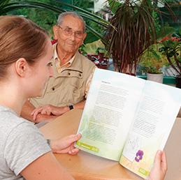 Vorlesebücher für Menschen mit Demenz entwickelt